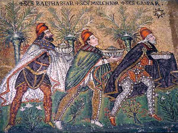 Mozaika bizantyjska: Trzej Magowie, Bazylika Santi Apollinare Nuovo, Rawenna (Fot. wikipedia)