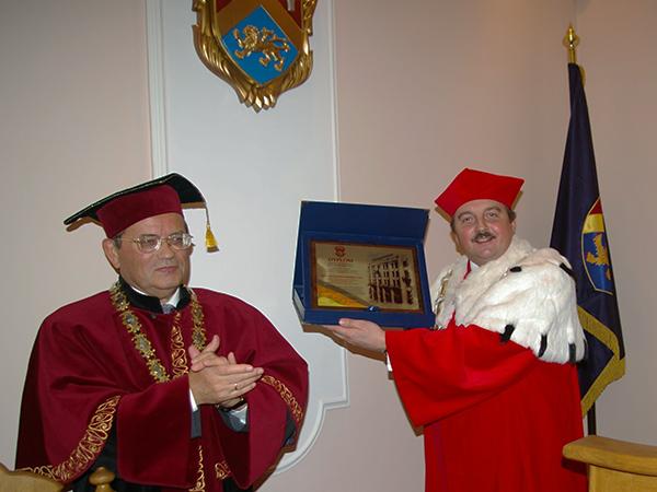 Doktorat honorowy dla prof. Wacława Wierzbieńca