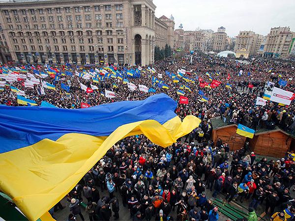 Część ukraińskich dyplomatów wyraziła w liście otwartym solidarność z Majdanem
