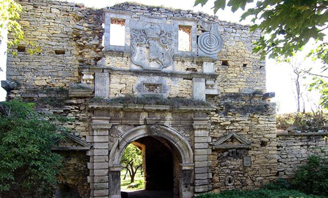 Legendy zamku w Czernelicy
