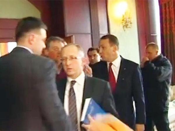 Sikorski do ukraińskiej opozycji: bez porozumienia będziecie martwi