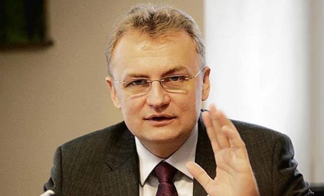 Mer Lwowa: nocą udało się zapobiec próbom napadu na konsulat i Administracji dzielnicowej.
