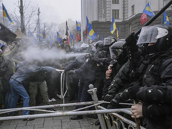 Około 70 osób rannych w zamieszkach w Kijowie