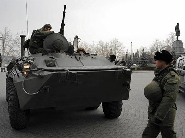 Transportery uznane za rosyjskie odjeżdżają spod Symferopola