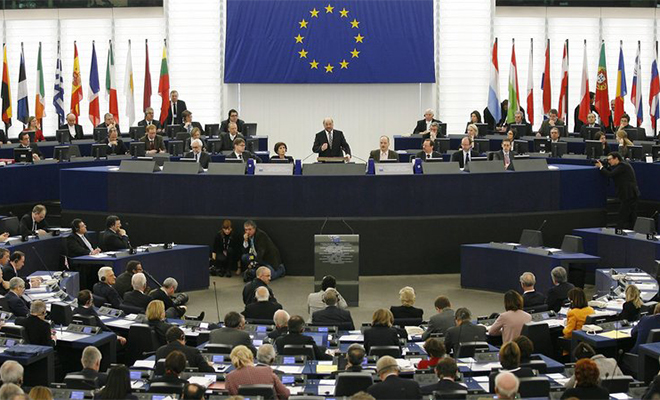 Parlament Europejski wzywa Rosję do wycofania swoich sił zbrojnych z Ukrainy
