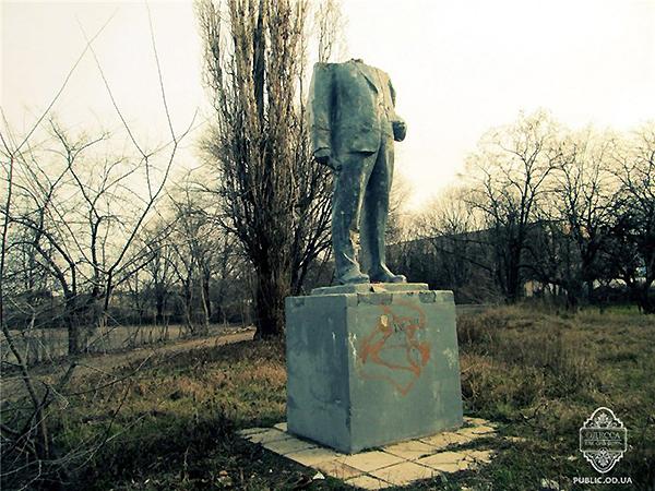 Spadł Lenin pod Odessą (Fot. Wikipedia)