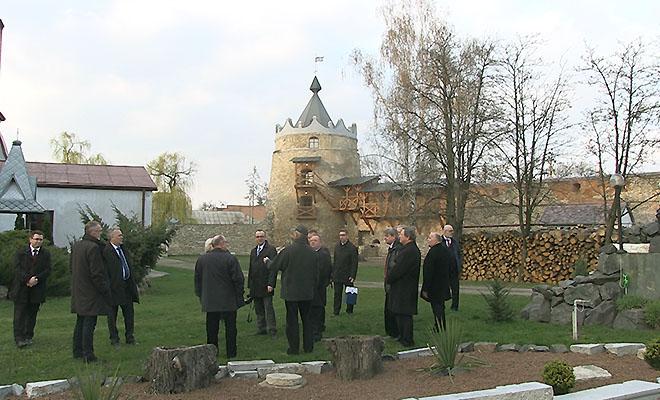 Delegacja Komisji Senackiej z wizytą na Ukrainie
