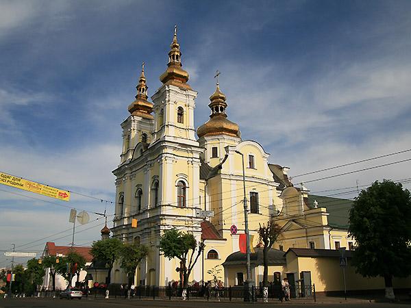 Katedra Przemienienia Pańskiego, dawny kościół oo. Dominikanów pw. Zwiastowania Najświętszej Maryi Panny (Fot. Dmytro Antoniuk)