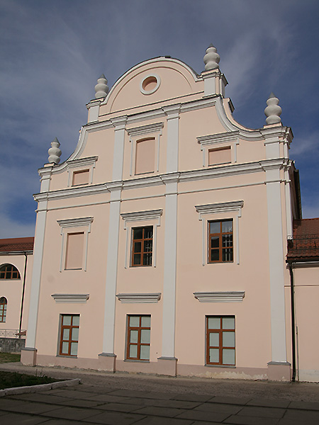 Pojezuicki klasztor, w którym mieściło się gimnazjum Podolskie (Fot. Dmytro Antoniuk)