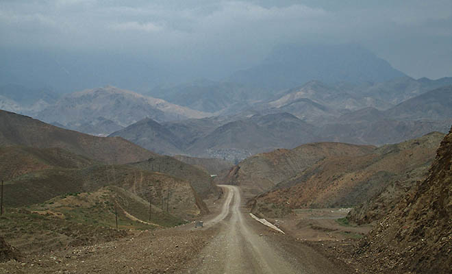 Tadżykistan. Część pierwsza – krótki przewodnik przekraczania granic