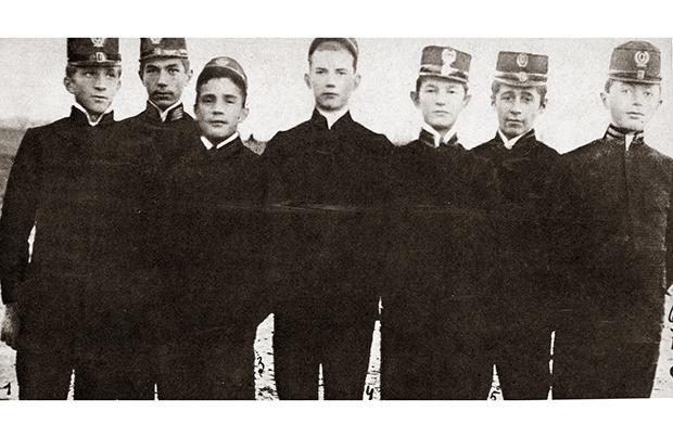 Rok 1904 – Zaczynamy!