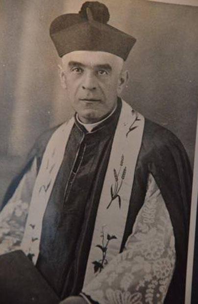 Wielcy zapomniani. Ks. Józef Watulewicz, organizator życia patriotycznego i religijnego w Felsztynie