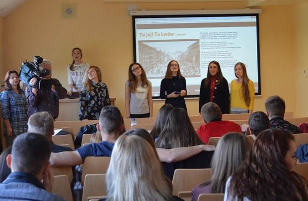 Młodzież ze Lwowa na szkoleniach w Krakowie