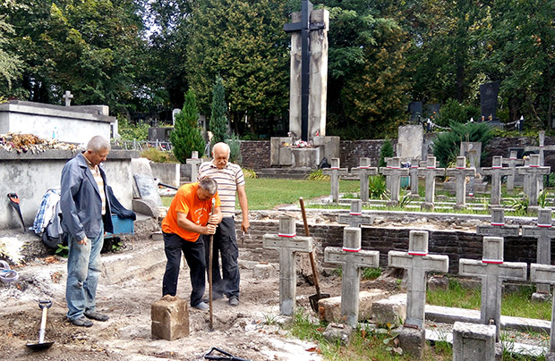 Nowe odkrycie na Cmentarzu Janowskim