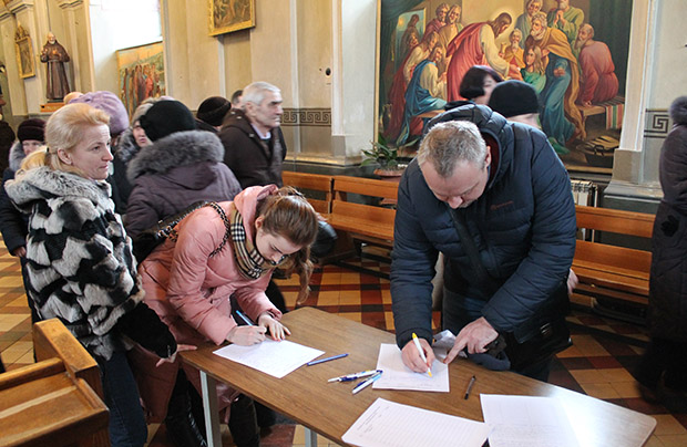 Walka o zwrot budynku kurii biskupiej w Żytomierzu
