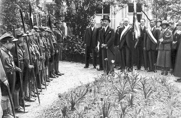 Witaj majowa jutrzenko – w 10. rocznicę odzyskania niepodległości