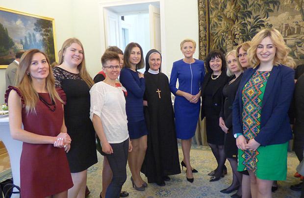 Spotkanie wolontariuszy z Pierwszą Damą Agatą Kornhauser-Dudą