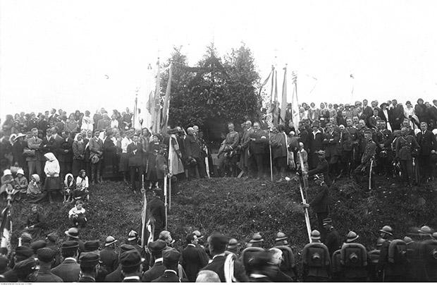 Obchody 10. rocznicy bitwy pod Zadwórzem